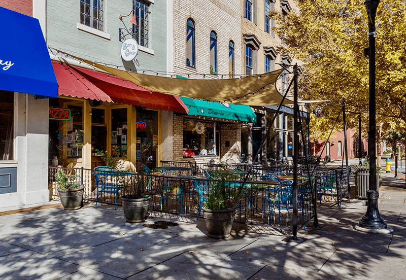 Cafes on the Square in Downtown Huntsville